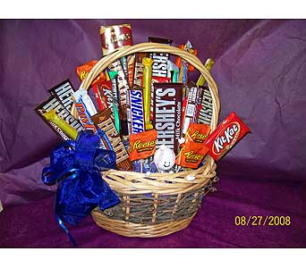 Candy Basket in Chelsea MI, Gigi's Flowers & Gifts