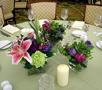 Centerpiece 45 in Norristown PA, Plaza Flowers