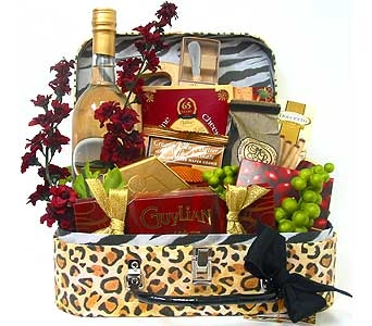 GF132 - ''Classic Gourmet'' Food & Gift Basket in Oklahoma City OK, Array of Flowers & Gifts