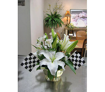 Winners Bouquet in Brownsburg IN, Queen Anne's Lace Flowers & Gifts