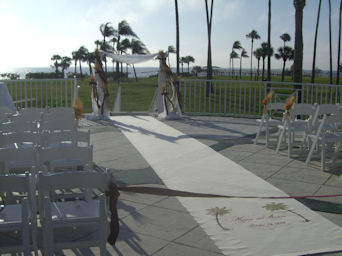 Marva''s Wedding by Pool Side in Sun City Center FL, Sun City Center Flowers & Gifts, Inc.