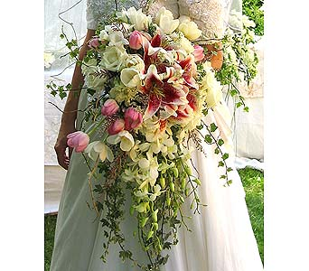 Belinda�s BouquetPlease call for more info 888-279-7845 in Manotick ON, Manotick Florists
