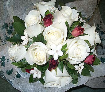 White and BurgandyPlease call for more info 888-279-7845 in Manotick ON, Manotick Florists