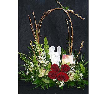 Send table tributes in massapequa park ny bayview for Praying angel plant