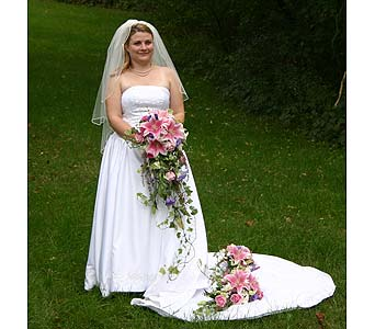 Jennifer�s BouquetsPlease call for more info 888-279-7845 in Manotick ON, Manotick Florists