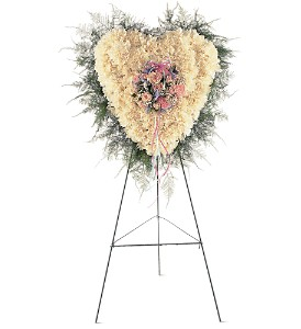Heavenly Heart in Fairfield CT, Hansen's Flower Shop and Greenhouse