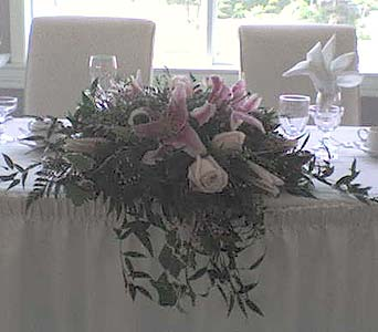Orchardview Head TablePlease call for more info 888-279-7845 in Manotick ON, Manotick Florists