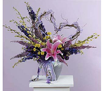 Vase Arrangement with Curly Willow Heart in West Bloomfield MI, Happiness is...Flowers & Gifts