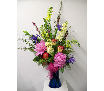 Kiss Your Mom Bouquet in East Dundee IL, Everything Floral