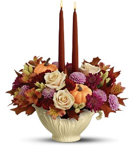 Lenox Sauce Server Bouquet by Teleflora - Deluxe in Quitman TX, Sweet Expressions