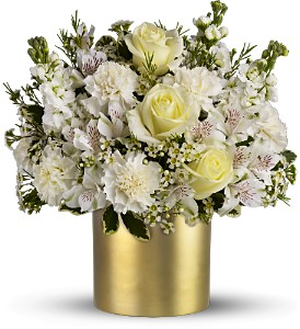 Teleflora's Champagne & Gold in New Rochelle NY, Flowers By Sutton