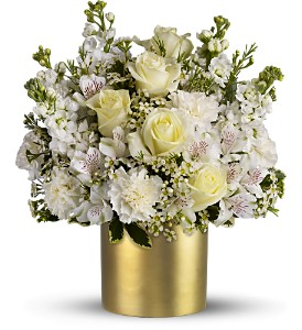Teleflora's Champagne & Gold - Deluxe in Jamesburg NJ, Sweet William & Thyme