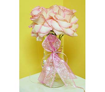 Support Breast Cancer Awareness in Massapequa Park NY, Bayview Florist & Montage  1-800-800-7304