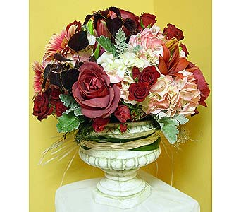Autumn Blush in Massapequa Park NY, Bayview Florist & Montage  1-800-800-7304