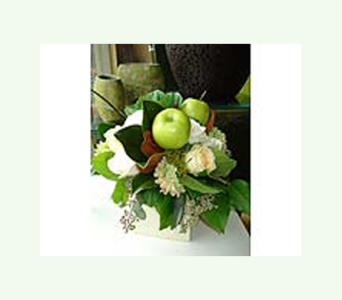 An Apple A Day in Thornhill ON, Wisteria Floral Design