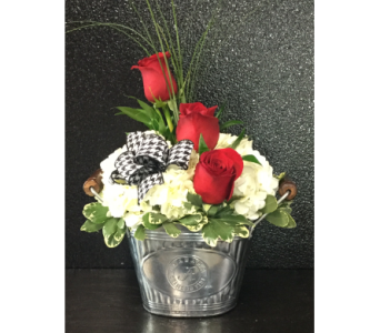 Roll Tide Bouquet in Tuscaloosa AL, Pat's Florist & Gourmet Baskets, Inc.