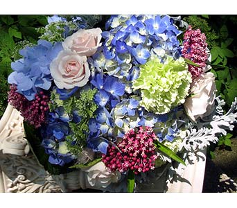 Garden Grace in Guilford CT, Guilford White House Florist