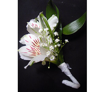 Spun Sugar Boutonniere in Detroit and St. Clair Shores MI, Conner Park Florist