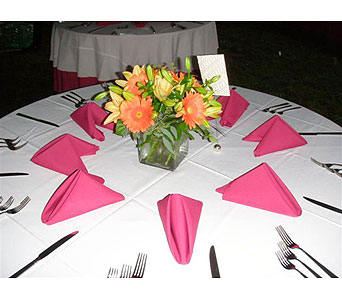 Centerpiece 55 in Norristown PA, Plaza Flowers