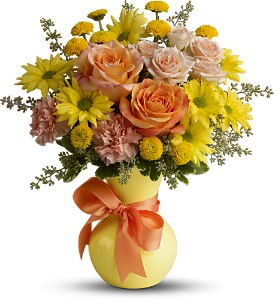 Teleflora's Heart Warmer in South Plainfield NJ, Mohn's Flowers & Fancy Foods