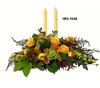 Oblong Centerpiece in Fairfield CT, Town and Country Florist