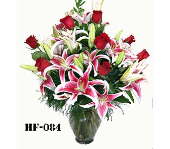 Romantic & Fragrant in Fairfield CT, Town and Country Florist