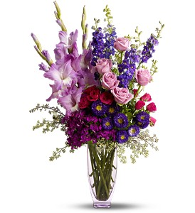 Teleflora's Bunch of Love in Tyler TX, Country Florist & Gifts