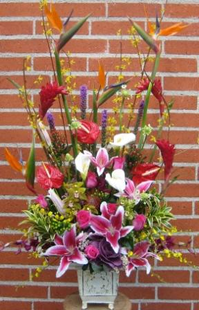 Upscale High Style by Jaimee in Inglewood CA, Inglewood Park Flower Shop