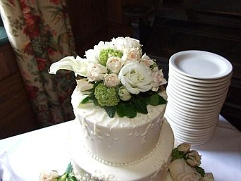 Rose with Viburnum Cake Topper in Guelph ON, Patti's Flower Boutique