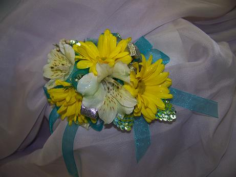 YELLOW DREAM WRIST in Crown Point IN, Debbie's Designs