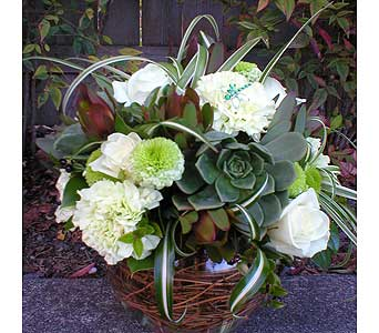 custom bouquets in Arcata CA, Country Living Florist & Fine Gifts