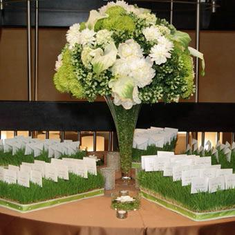 Reception Table Arrangment in Knoxville TN, The Flower Pot