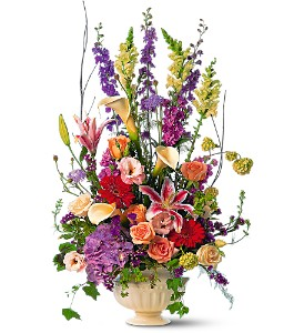 Grand Bouquet in Mount Dora FL, Claudia's Pearl Florist