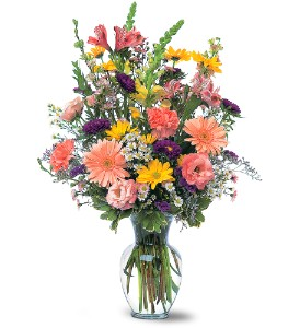 Timeless Pastels in St. Charles IL, Robbins Flowers, Inc