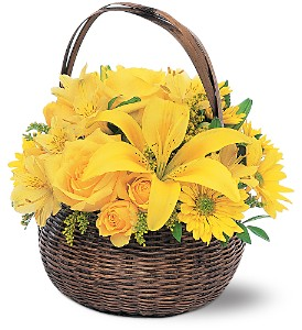 Yellow Flower Basket in Lemoore CA, Ramblin' Rose Florist