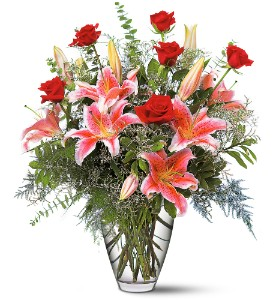 6 Red Roses with Vase of Alcapulco Lillies in San Antonio TX, Allen's Flowers & Gifts