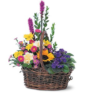 Basket of Glory in Warwick RI, Yard Works Floral, Gift & Garden