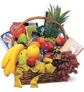 Gourmet Fruit Basket in Kissimmee FL, Golden Carriage Florist