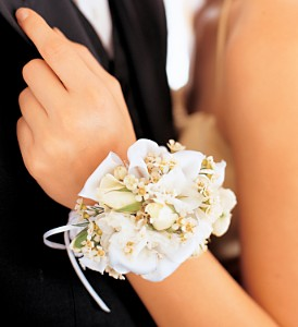 Mixed Whites Wristlet in Winnipeg MB, Cosmopolitan Florists