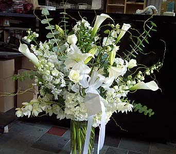 With Elegance in New York NY, Fellan Florists Floral Galleria