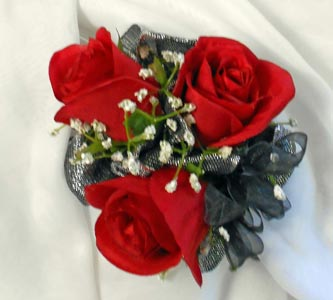 Standard Rose Wrist Corsage in Royersford PA, Three Peas In A Pod Florist
