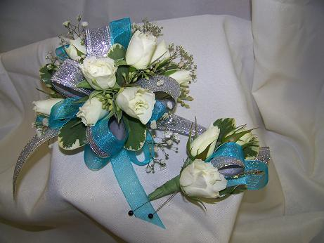 aqua dream wrist in Crown Point IN, Debbie's Designs