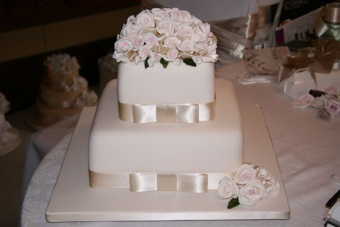 Wedding Cake 8 in Gautier MS, Flower Patch Florist & Gifts