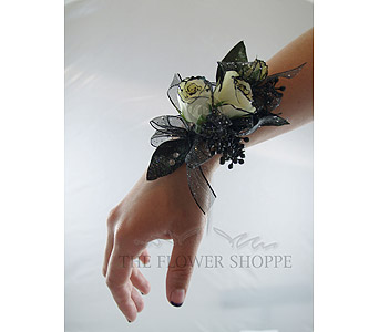 Corsage for a black and gold dress