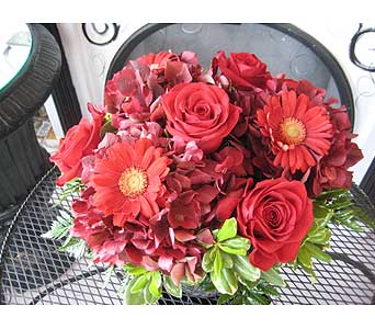 July RUBY Birthstone Bouquet in Massapequa Park NY, Bayview Florist & Montage  1-800-800-7304