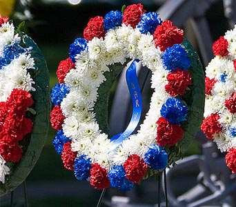 Red White & Blue Wreath Style 003 in Blue Springs MO, Village Gardens