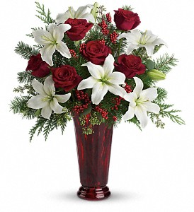 Holiday Magic in Dubuque IA, New White Florist