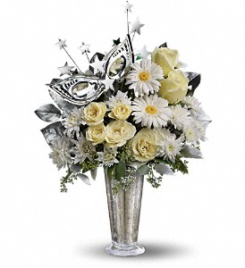 Teleflora's Toast of the Town in Warwick RI, Yard Works Floral, Gift & Garden