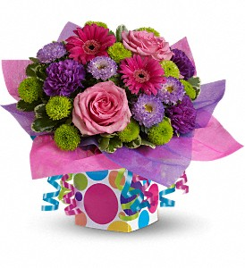 Teleflora's Confetti Present in Santa Clarita CA, Celebrate Flowers and Invitations