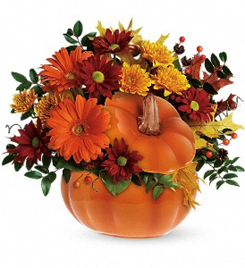 Teleflora's Country Pumpkin in Lakeland FL, Flower Cart
